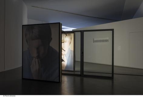 Co-Workers, installation view. Musée d'Art Moderne de la Ville de Paris. Photo: © Pierre Antoine